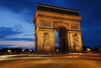 parizs_diadaliv_h140