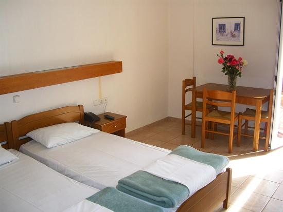 dimitris4-apartman-utazas-gorogorszag-keletkreta-tengerparti-nyaralas-andromedatravel