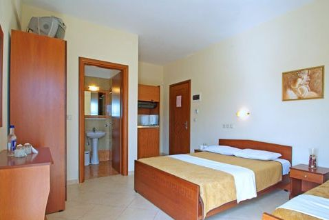 utazas-morfeas-hotelapartman-paralia-gorogorszag-tengerparti-nyaralas-andromeda-travel3